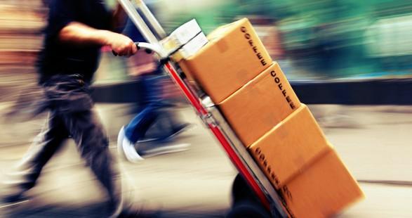 La guerre du e-commercese joue désormais sur lacapacité à livrer dans la journée !